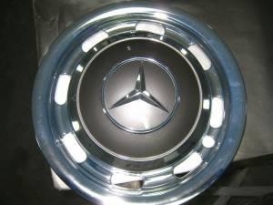 Mercedes Hub Caps (800x600)