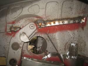 Drvr Frnt Wheel Well (6)