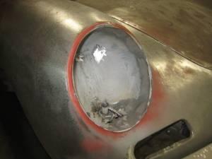 Headlight Bucket (1)